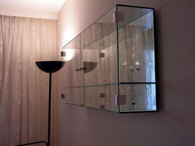 Glasmöbel der Glaserei Kador
